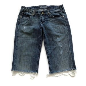 Miss Me Jean Shorts Bermudas Raw Hem Distressed